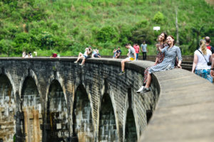 Знаменитый 9-арочный мост на Шри Ланке