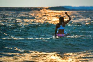 Закатный серфинг