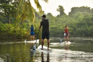 SUP по спокойной тропической реке