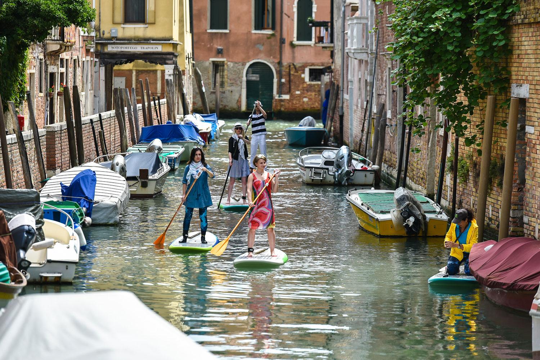 SUP по каналам самого романтичного города в мире