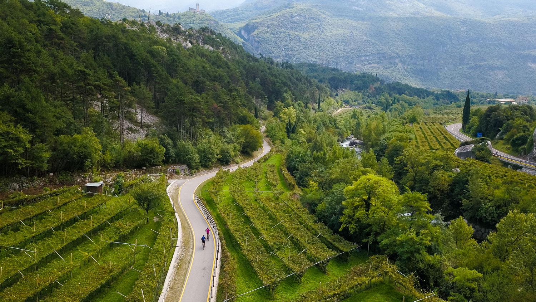 Волшебная вело прогулка по альпийской долине