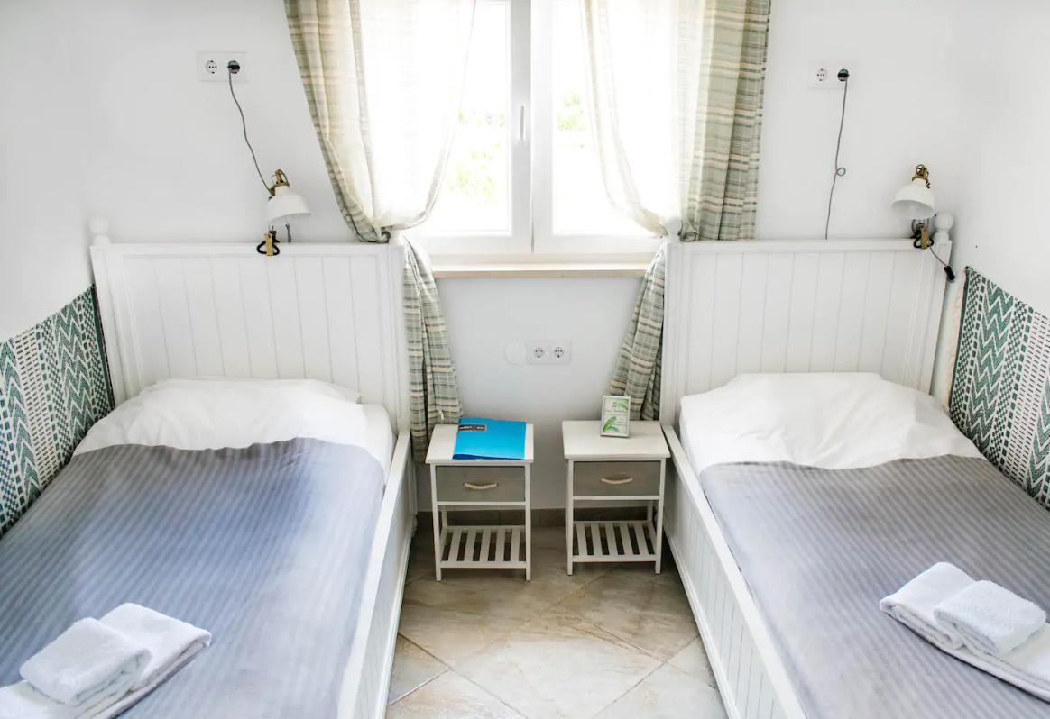 Доступны комнаты с кроватями твин
