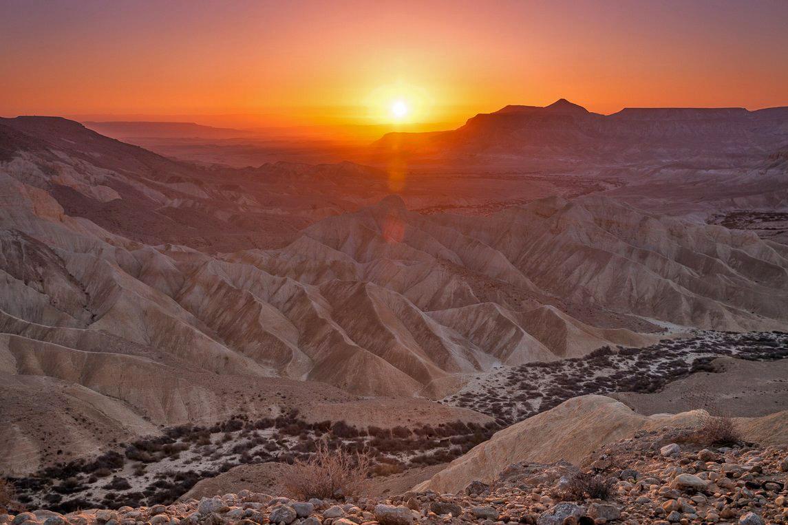 Закат в пустыне - это непередаваемо!